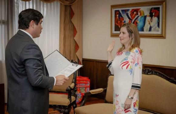 Presidente juramenta nueva Viceministra de Justicia y Paz