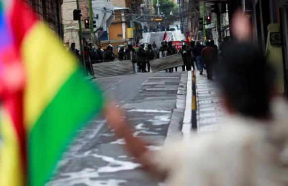 Una comisión intenta liberar detenidos en Bolivia tras acuerdo entre gobierno y sindicatos