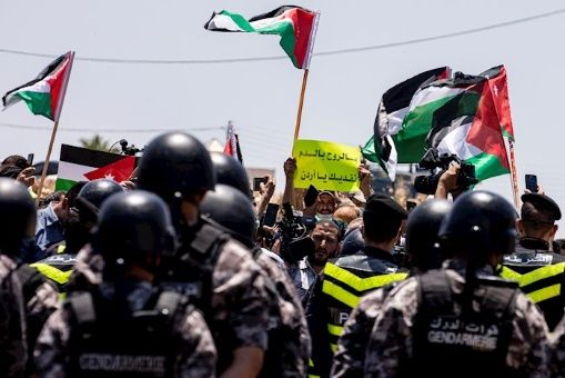 Francia, Alemania y Egipto rechazan plan de anexión israelí