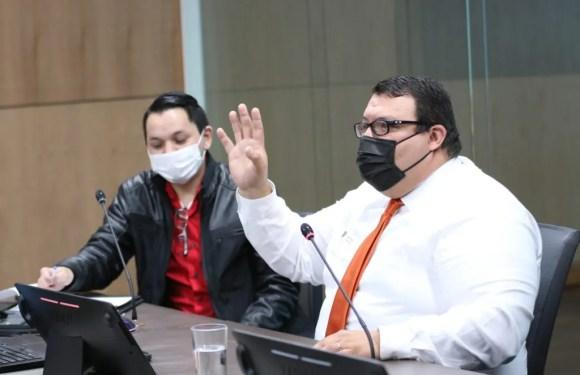 Ex-asesor del MOPT denuncia amenazas y persecución.