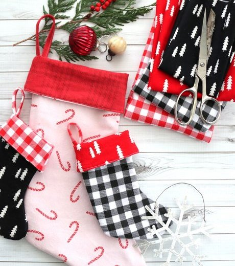Super simple lined stocking pattern and sewing tutorial by Amy Smart