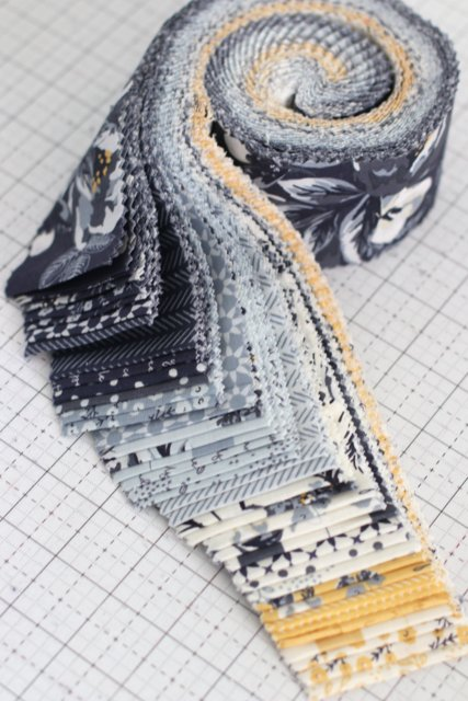 Tips for sewing with a Jelly Roll or Rolie Polie