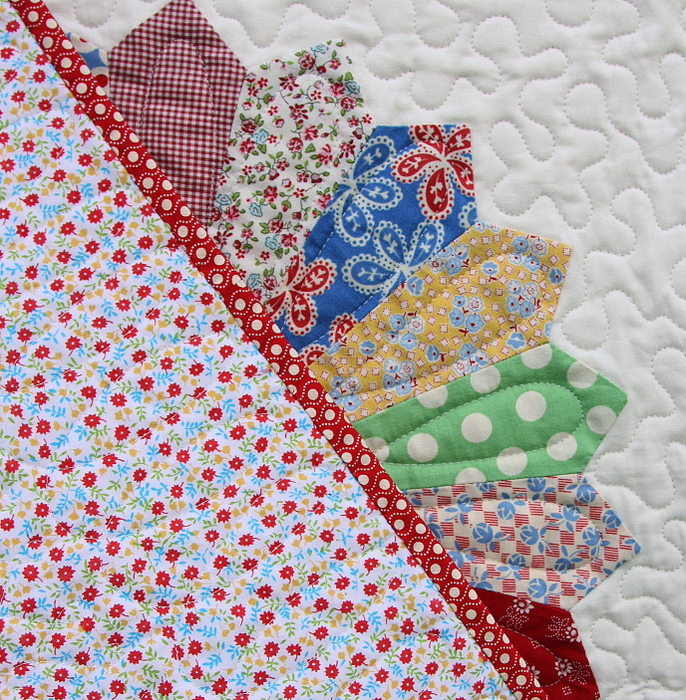 Vintage Inspired Dresden Plate Quilt Finish Diary Of A