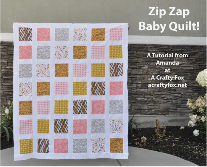 Zip-Zap-Baby-Quilt-Tutorial-from-A-Crafty-Fox-01-1024x827