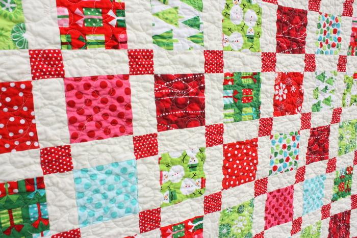 Retro Christmas quilt Robert Kaufman ann Kelle fabrics