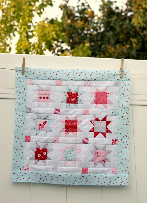 Sweet Orchard Mini Quilt-001