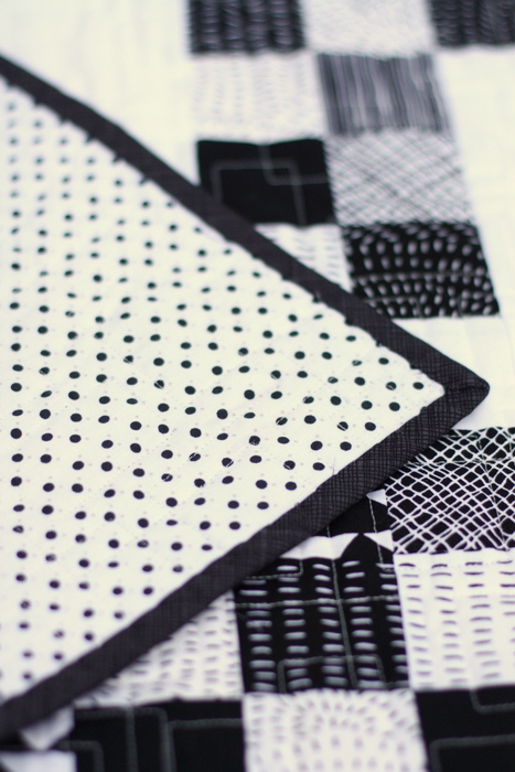 black-and-white-quilt