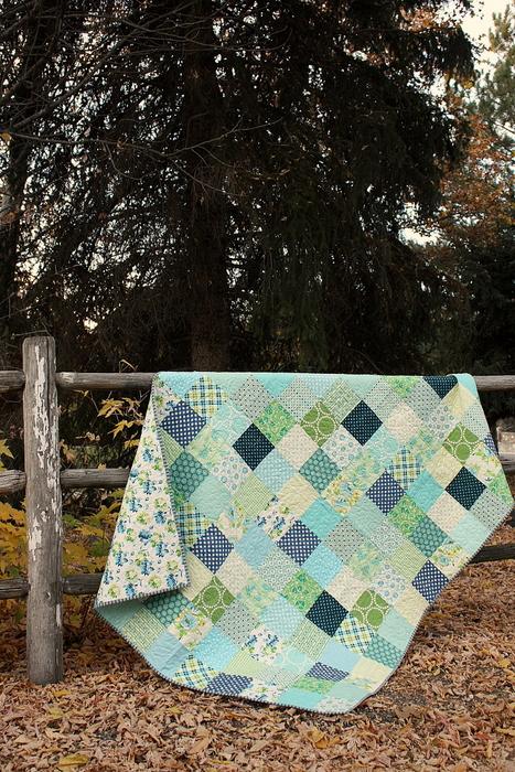 aqua-and-green-patchwork-quilt-001