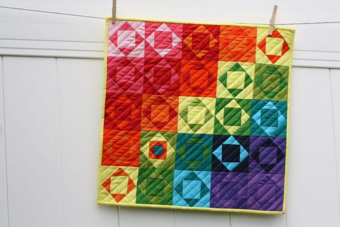 kona-highlighter-coty-mini-quilt