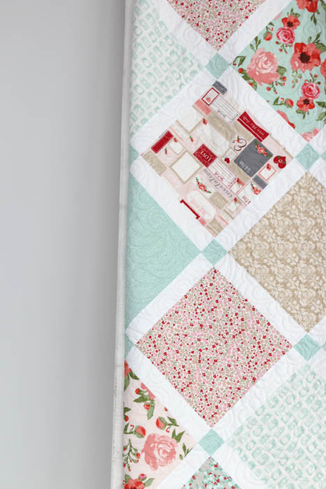 Lattice Quilt Pattern Shabby Chic