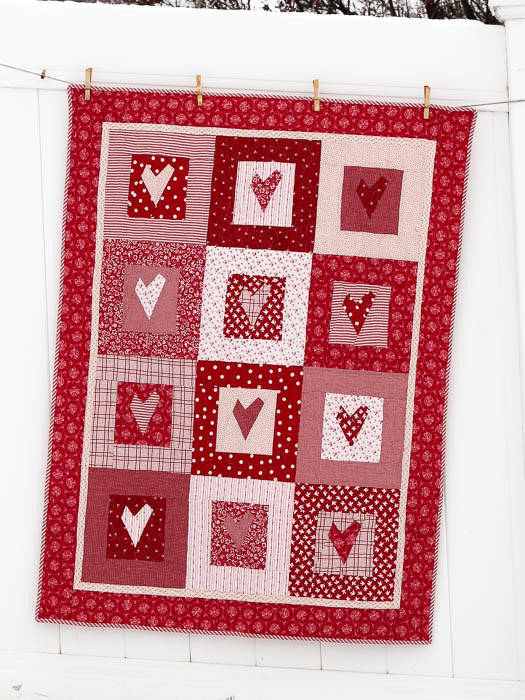 red and white hearts quilt-2