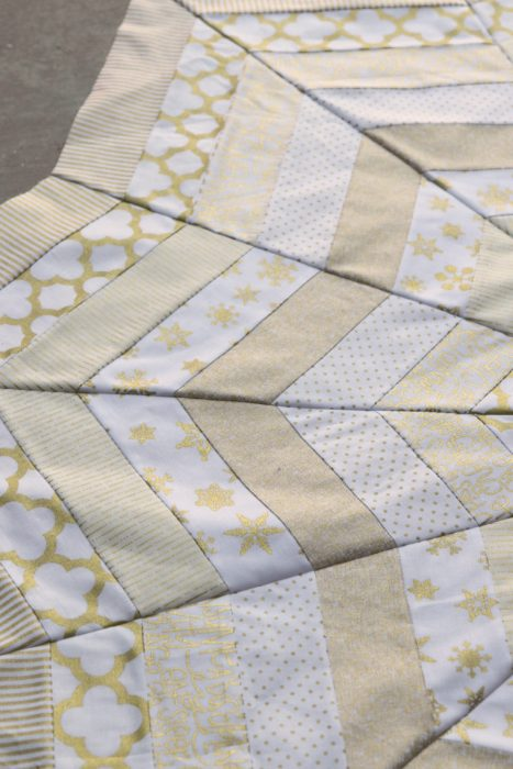Quilted Tree Skirt made with Riley Blake Gold Sparkle Fabrics