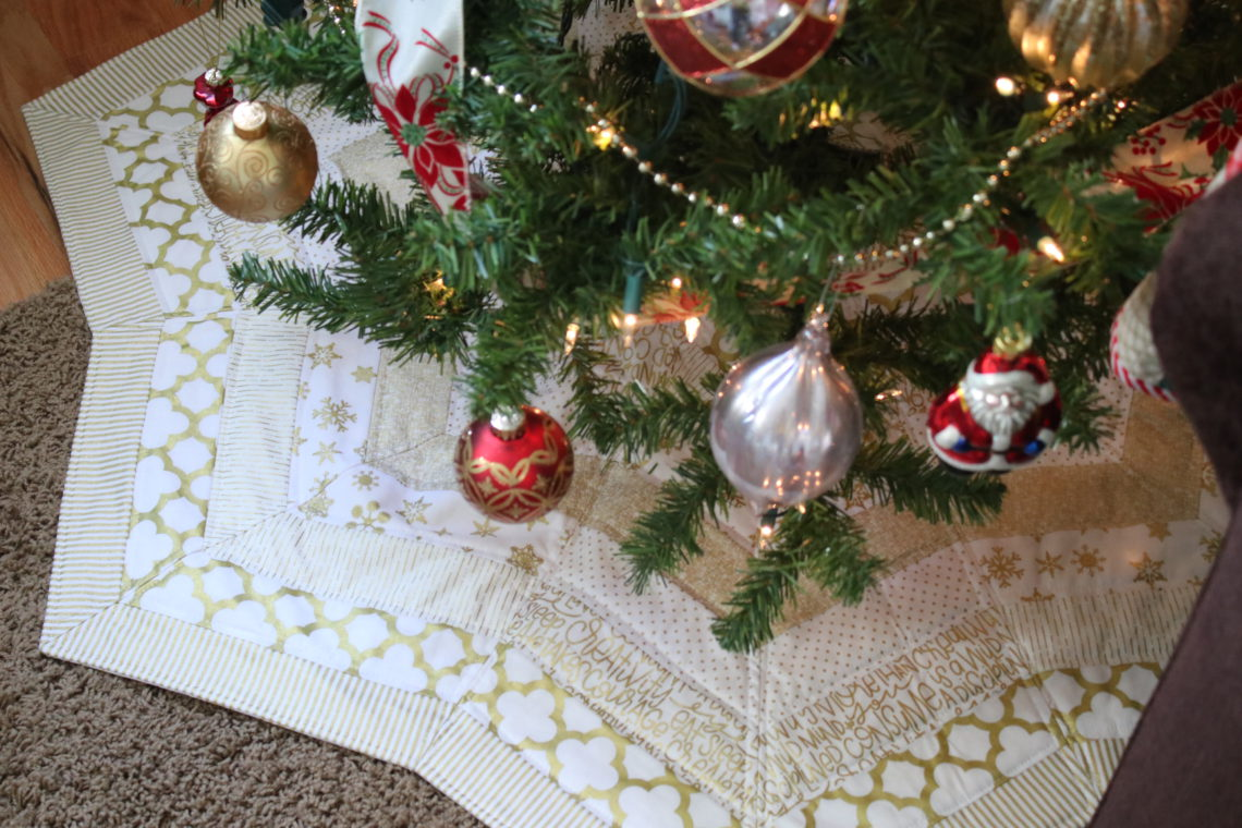 gold quilted tree skirt pattern gold quilted tree skirt pattern