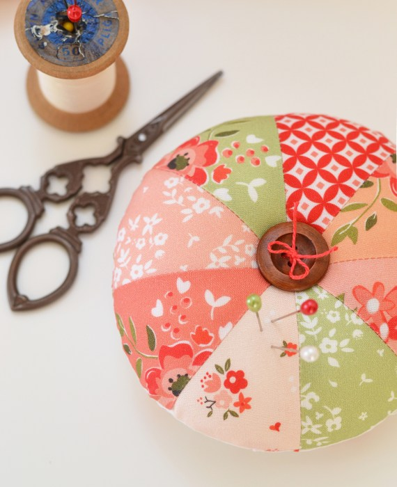 Summer Blush Pincushion tutorial