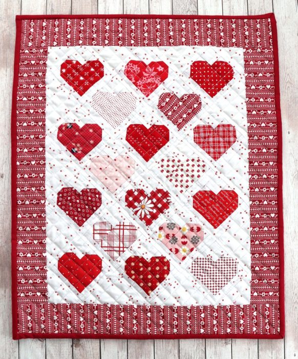 Red Hearts Valentine Mini quilt - made by Amy Smart - pattern by Aqua Paisley Studio
