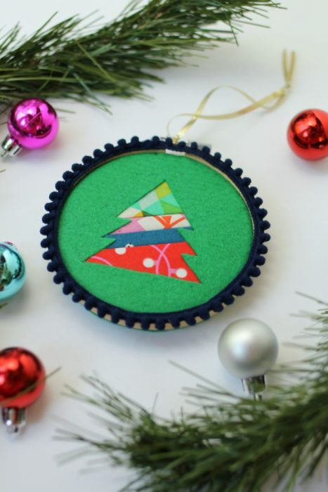 Handmade Christmas Ornament Ideas by popular Utah quilting blog, Diary of a Quilter: image of a felt ornament.