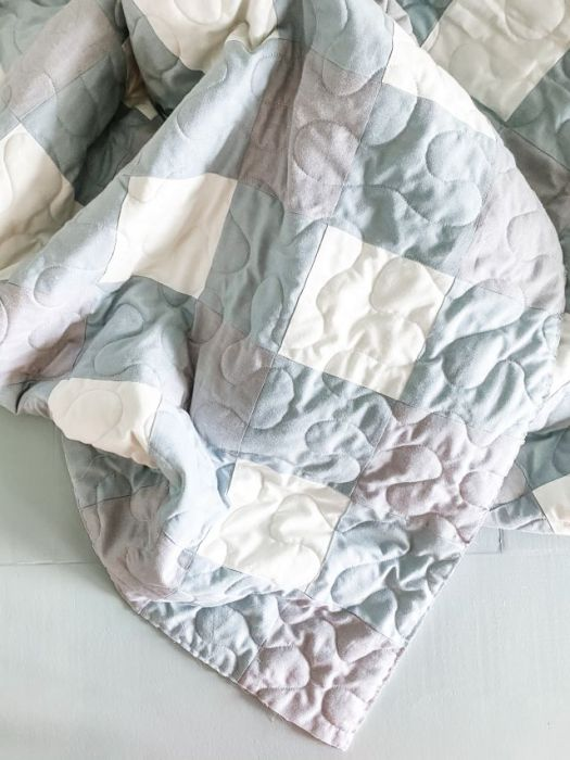 How to make a simple Gingham-style patchwork Quilt