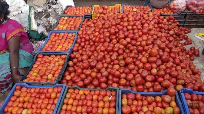 Pallavaram Friday market | Shopping in Pallavaram sandhai | Shopping