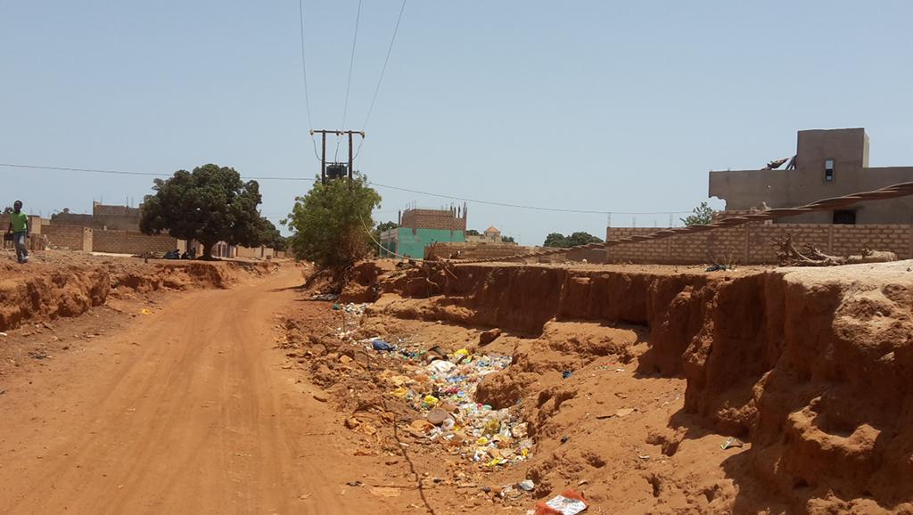 Absence d'infrastructures routières, d'électrification et d'eau: Diass si prés si loin
