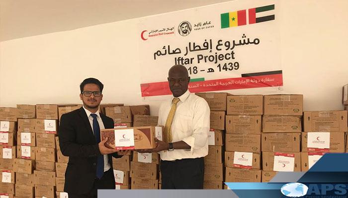 Les émirats arabes unis offrent 4000 kits alimentaires à des nécessiteux