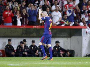 Andrés Iniesta annonce son départ de Barcelone