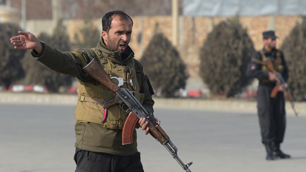 Afghanistan: des dizaines de forces de sécurité tuées dans l'attaque d'un convoi