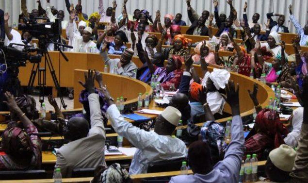 Assemblée Nationale: les accords signés sur le pétrole et le gaz avec la Mauritanie devant les députés