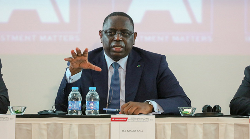 President Macky SALL: en marge de la remise de financememts de la DER.