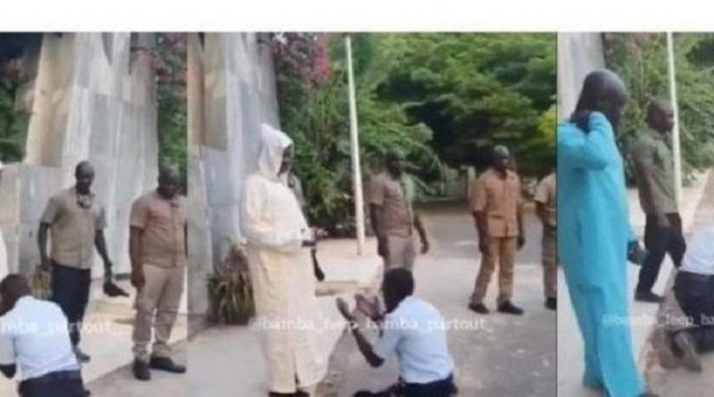 Le policier qui s'est agenouillé devant Kara radié