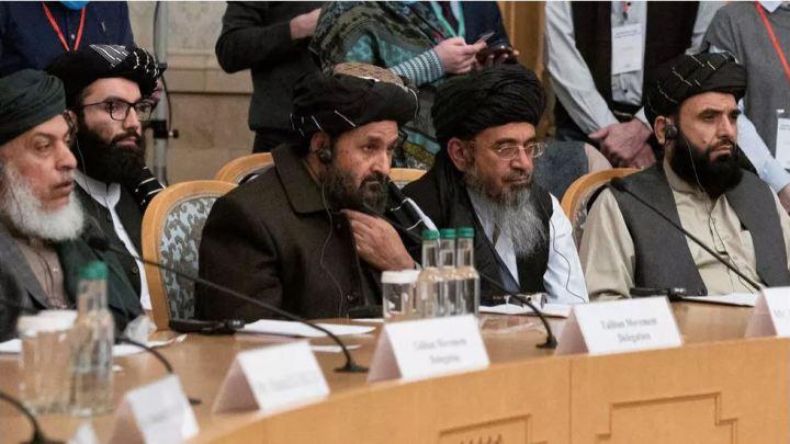 Afghanistan: influence croissante des talibans, le gouvernement en pleine débandade