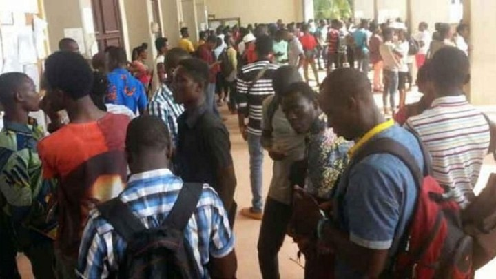 Renvoyés à cause d'une dette de l'État : Les étudiants orientés dans le Privé dans la rue vendredi