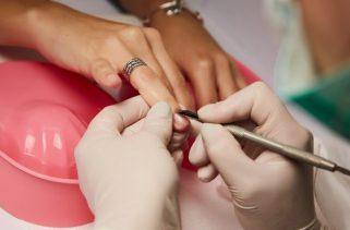 10 dicas essenciais para manicure e pedicure iniciantes