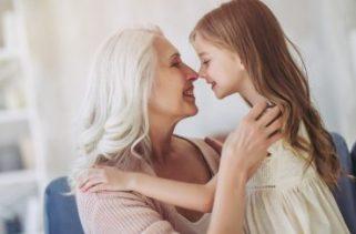 Por que algumas pessoas se parecem mais com os avós?