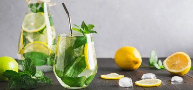 benefícios da hortelã com limão para saude