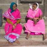 Women talking, Vivekananda Kendra, Kanyakumari