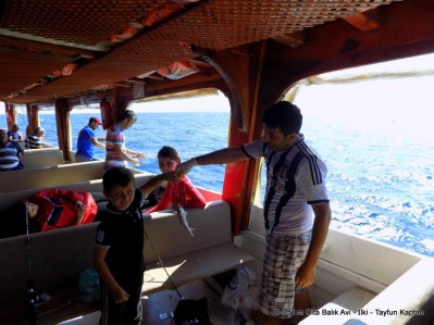 olta ile tekneden balık avı