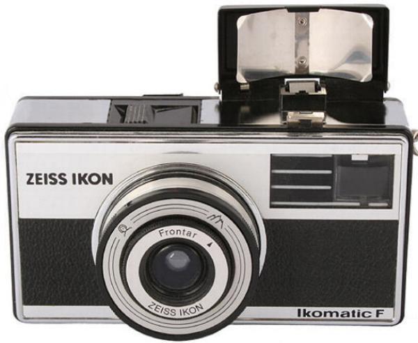 meine erste Kamera, eine Ikomatic von Zeiss-Ikon