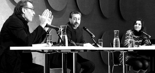 Wolfgang Schorlau und Claudio Caiolo im Hospitalhof