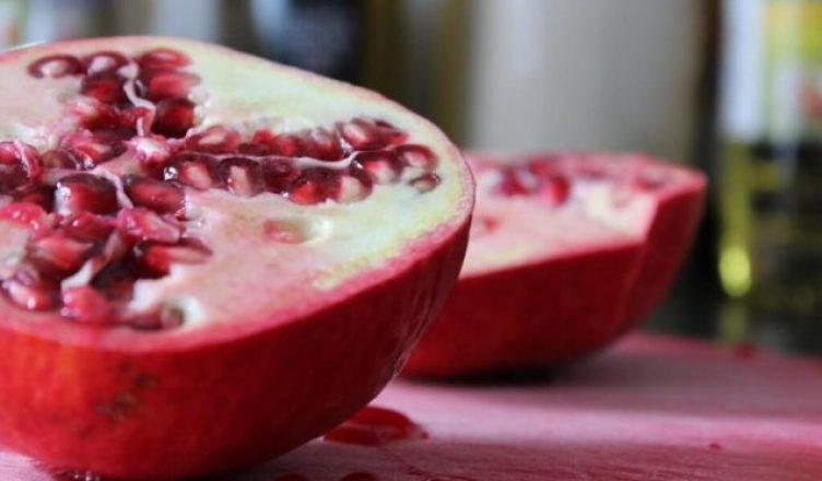 Granatäpfel befreien die Arterien und schützen vor Herzerkrankungen