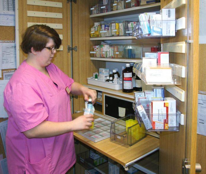 Trotz Taubheit oder Autismus werden Lehrlinge der Paulinenpflege auf den normalen Berufsalltag vorbereitet