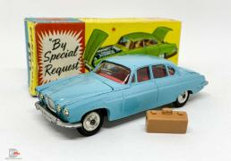 Corgi 238 Jaguar Mark X - light blue, red interior, silver trim, spun hubs, with luggage case - Good Plus some rubbing to raised edges still a lovely bright example that looks much better in the hand. In a Good Plus blue and yellow carded picture box.