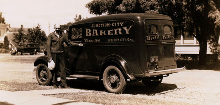 Chevrolet Panel Van, bakery van Juction City, Oregon, approximately 1935
