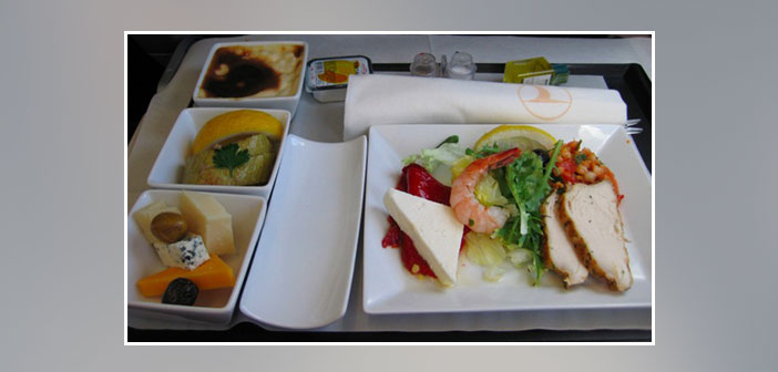 Turkish-Airlines---Dinner-in-business-class