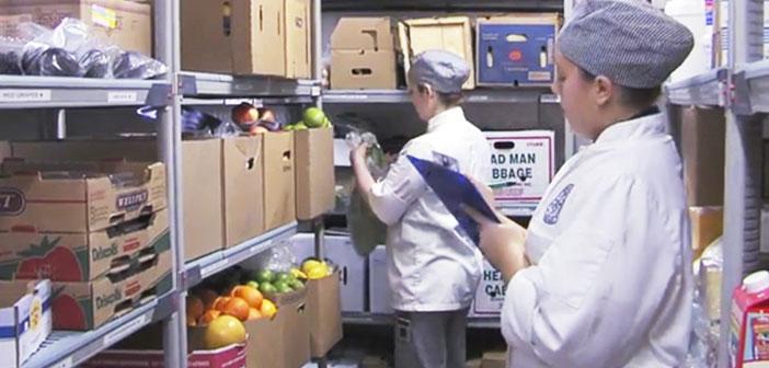 La gestion durable de un restaurant se trouve à avoir une mise à jour afin d'éviter l'inventaire des déchets alimentaires et, en conséquence, sauver le plus d'argent possible.