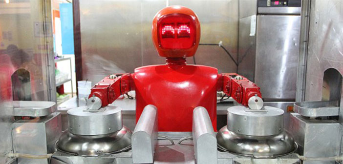 This new robotic adventure wants to launch Andy Puzder, CEO of American fast food chain Carl's Jr. The entrepreneur wants to open a restaurant now free human employees, Only machines,.