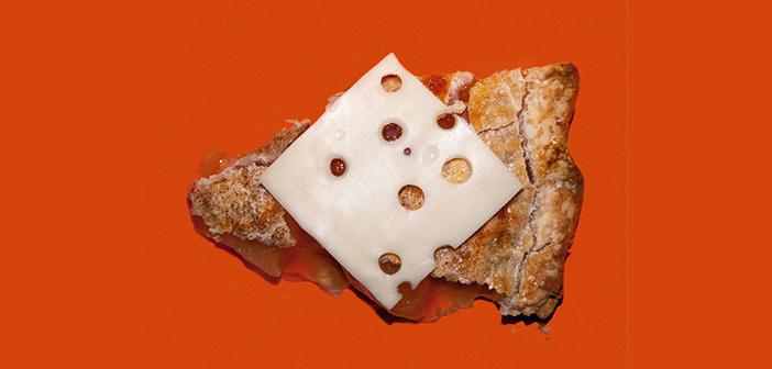 Dans le Wisconsin, il est illégal dans les restaurants publics de tarte aux pommes sans fromage est vendu.