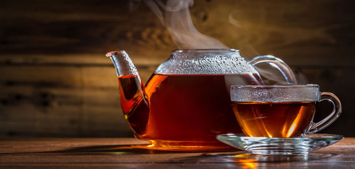 None of the teas are infused with boiling water, to avoid leaf burn. An advice: not hot water in the microwave, not uniformly heated, what you infusionarás irregularly.