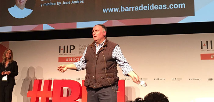 The chef José Andrés during his multitudinous presentation at the Congress HIP.