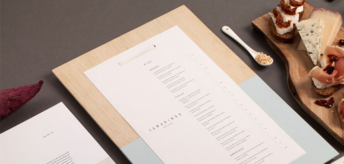 Ideally, the price is at the end of each description on the same line, and with little space between them. In this way, diners tend to read the entire text, and decided on the basis of what you think you will like more.