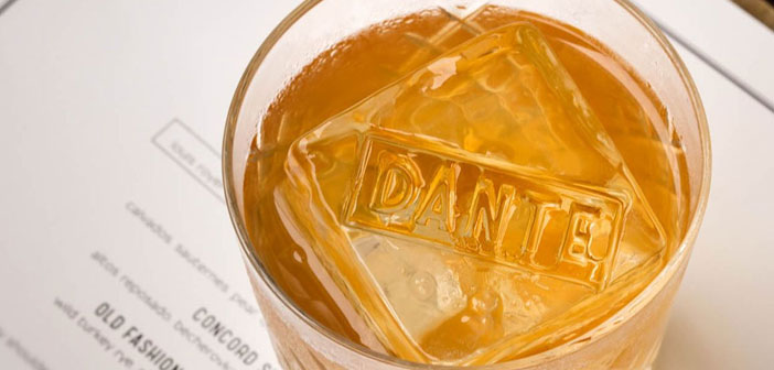 On the other hand, Dante bar, also based in Greenwich Village in New York, It has opted to mark the ice cubes in your drinks.